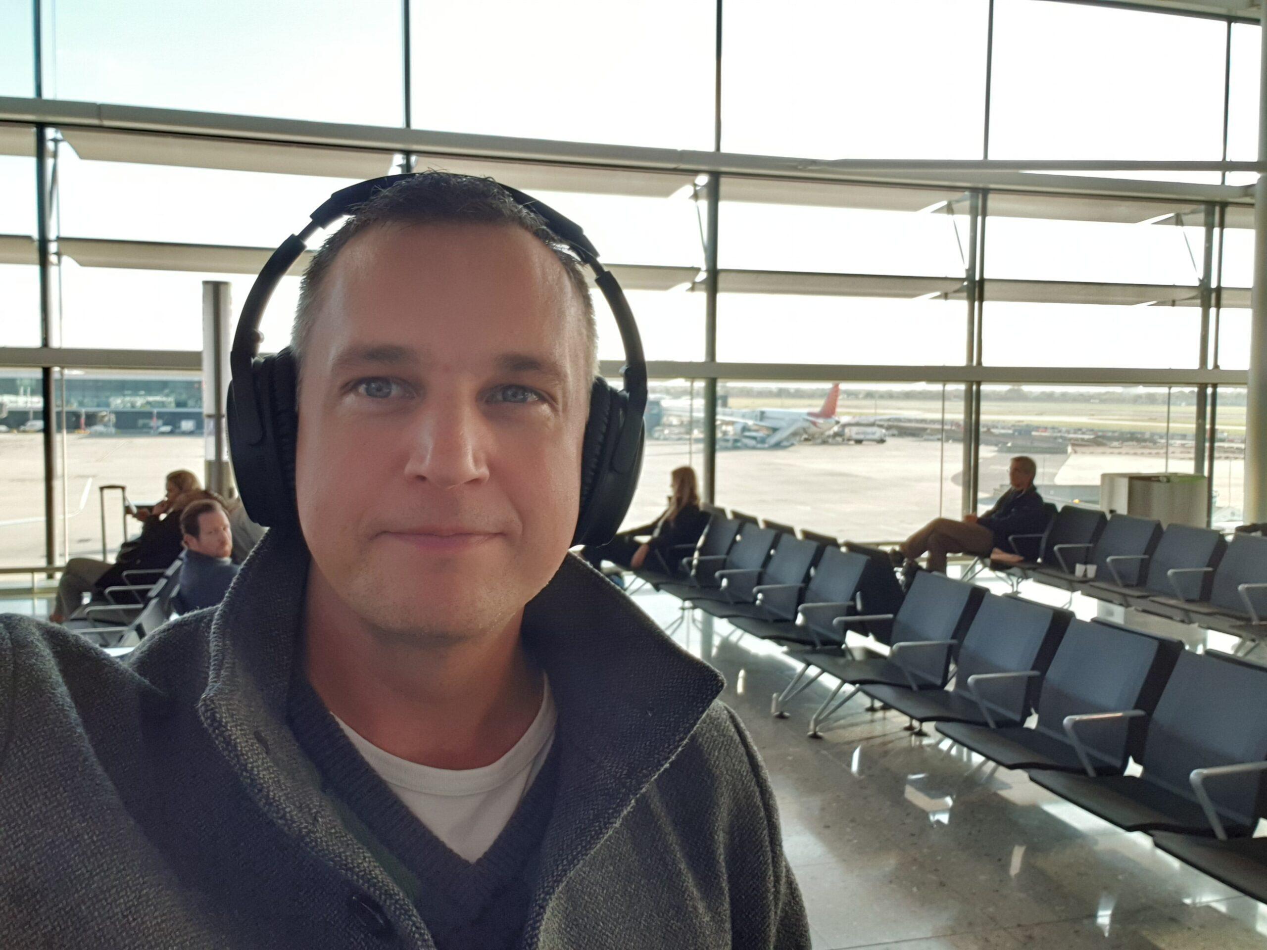 Peter Wallin på flygplatsen Heathrow