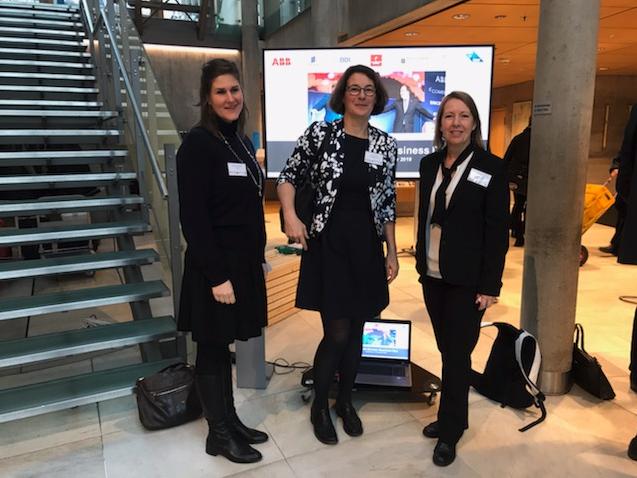 Malin Rosqvist med Bianca från Vinnova och Antje från AIF-projekt