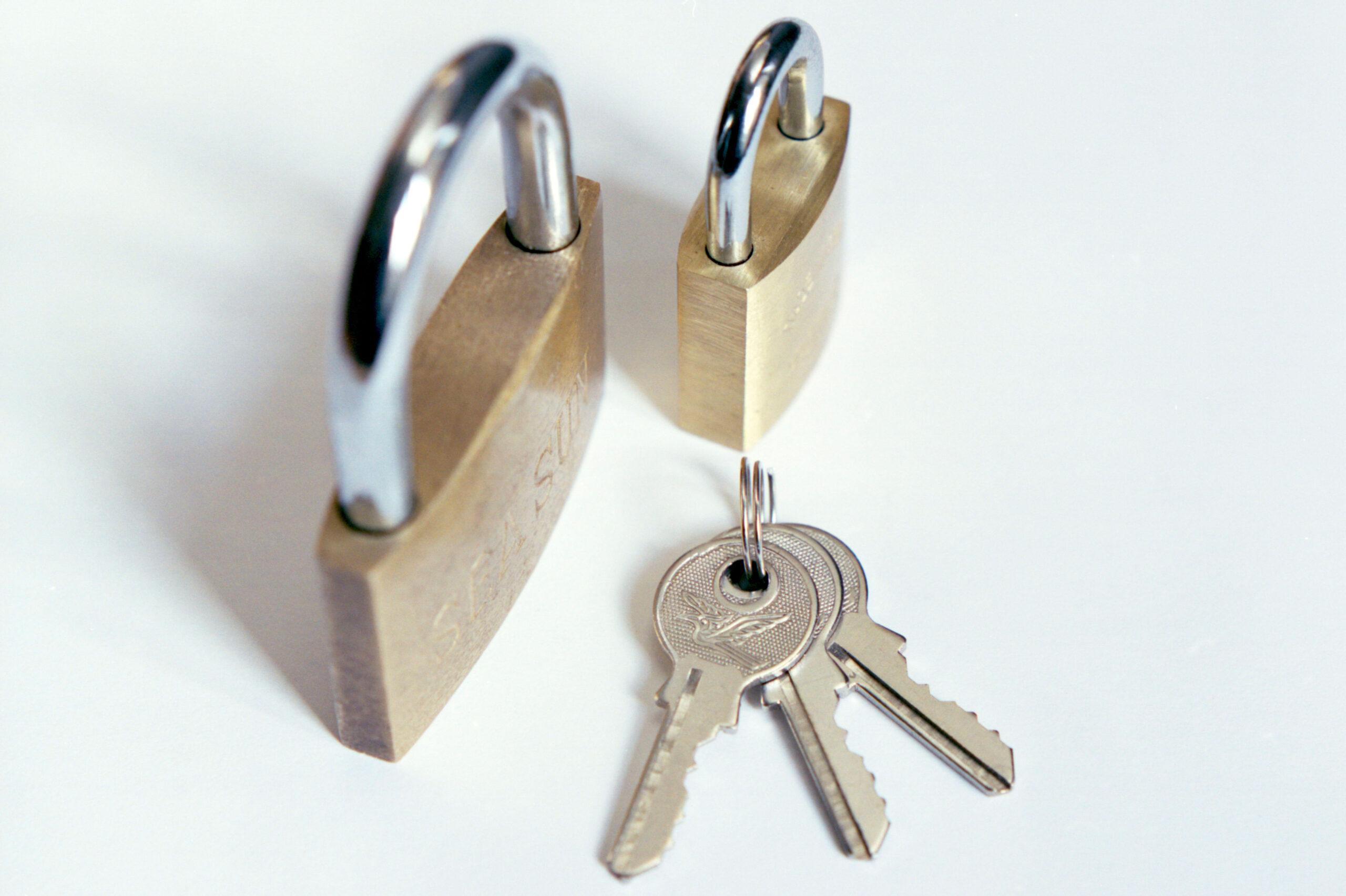 Hänglås och nycklar